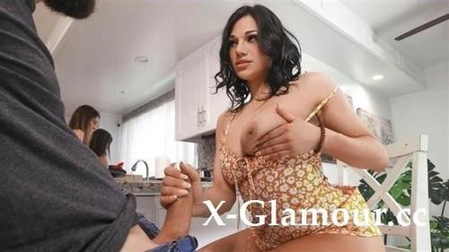 Mona Azar - Sneaky Handjob Affair (HD)