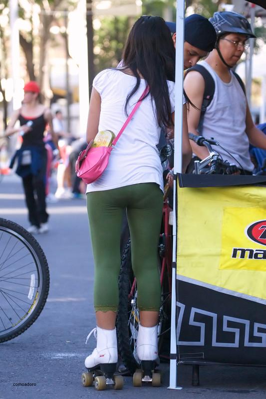 roller skate lady in green leggings