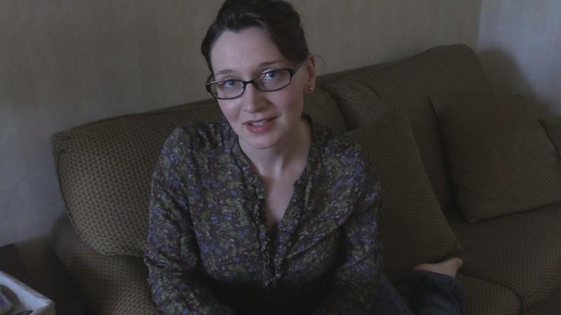 Bettie Bondage - Hands On Masturbation with Mom [FullHD 1080P]