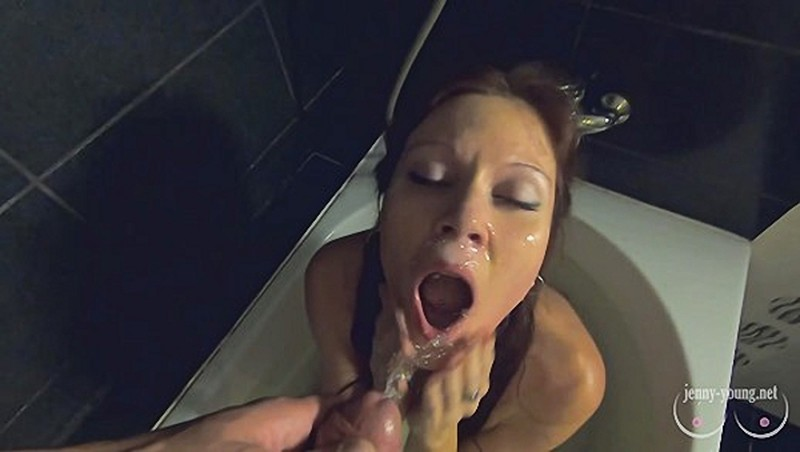Beauty plays with big pussy lips sucks takes a golden shower and drinks piss [FullHD 1080P]