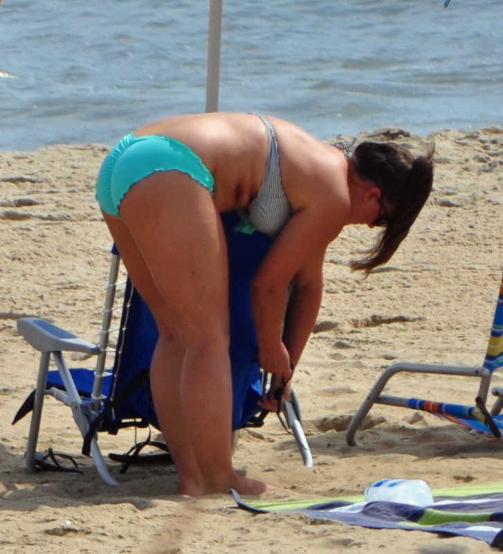 curvy mature lady in bathing suit