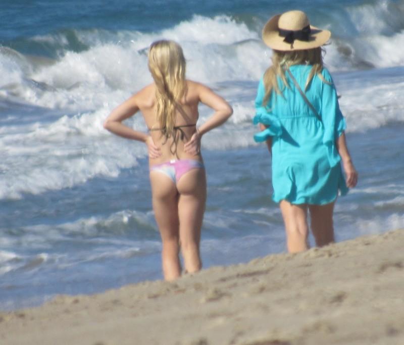 blonde teen beach voyeur album