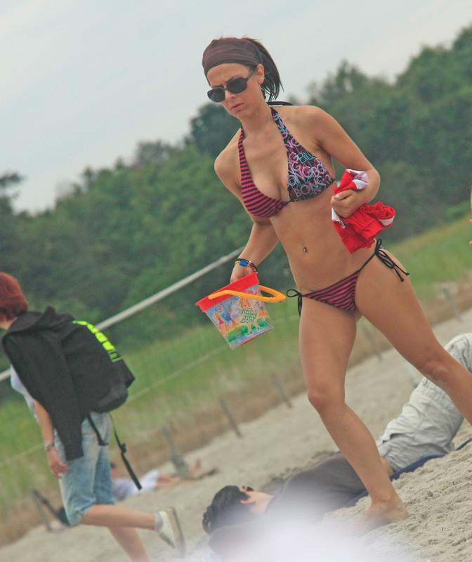nice beach bikini girl