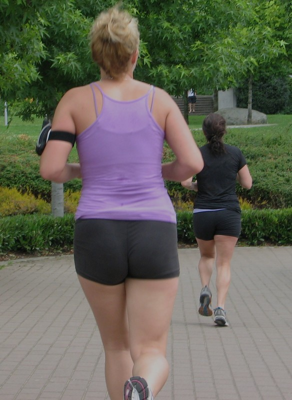 hottie jogging in tight shorts