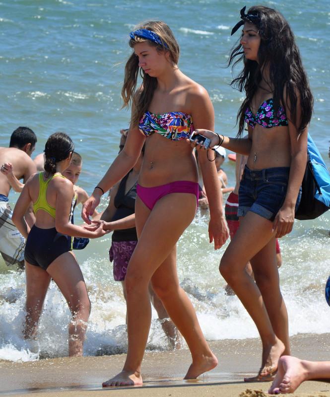 2 beach girls in bikini & jean shorts