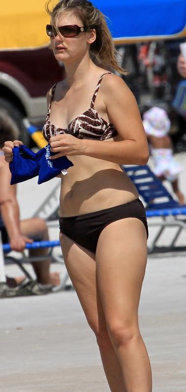 sweet milf in bikini