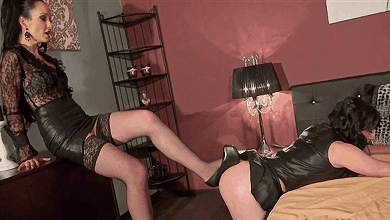 Training My Leather Slut [HD 720P]