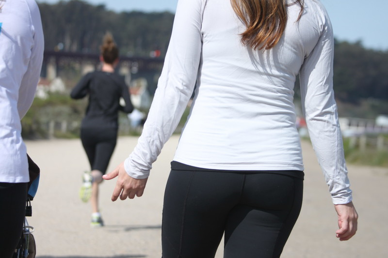 gorgeous milf booty in black yoga pants