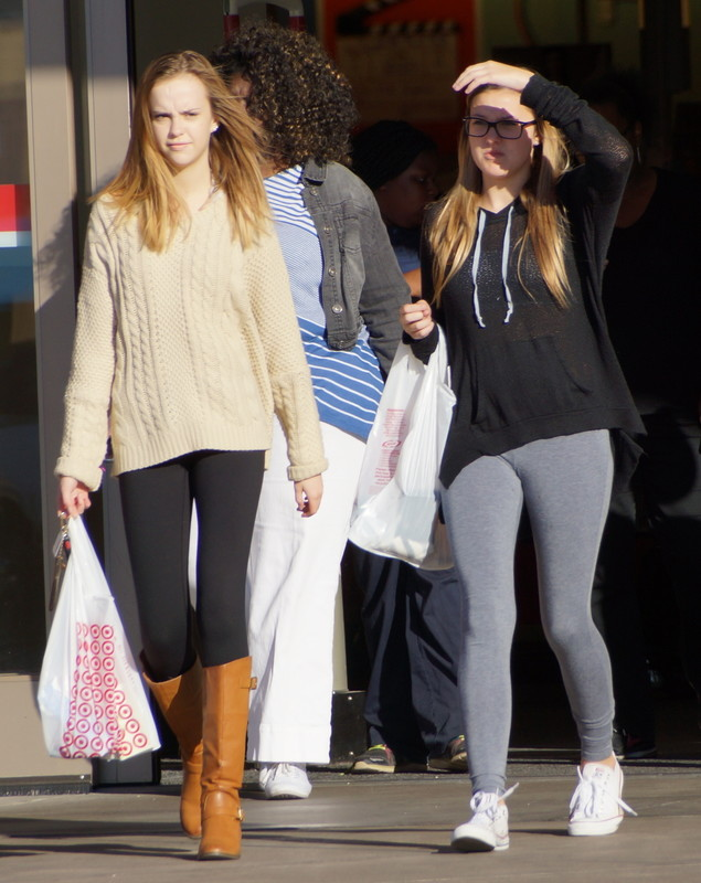2 sweet babes in candid leggings