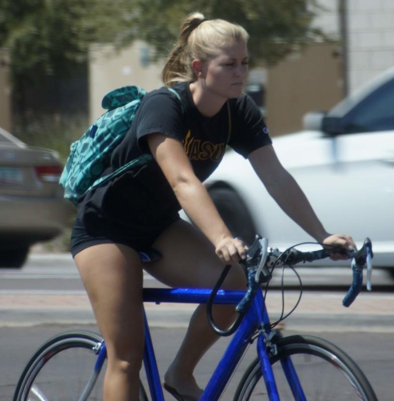 cyclist babe in black lycra shorts