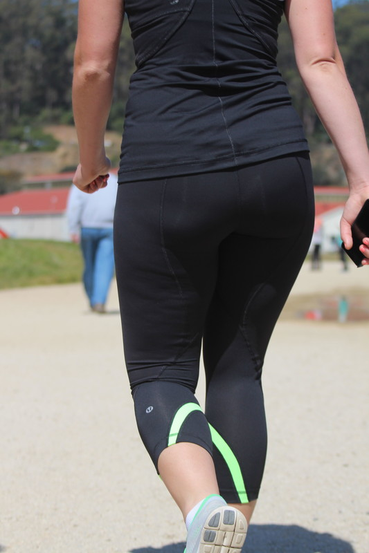 blonde milf booty in lululemon leggings
