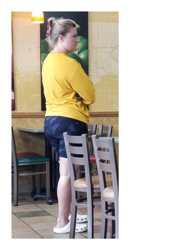 pawg in subway wearing bicycle shorts