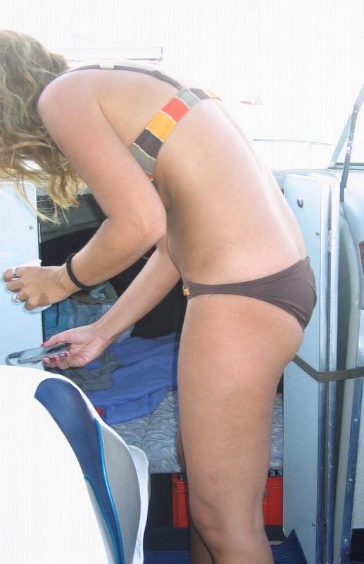 boat milf booty in candid sexy bikini
