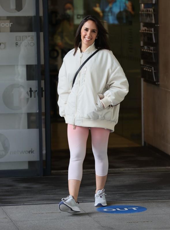 cuban milf Janette Manrara in cream lycra pants