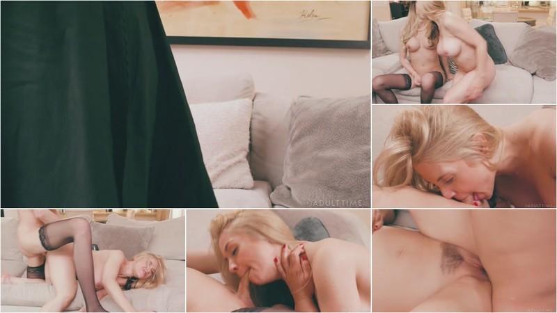 Sarah Vandella, Casey Kisses - Housewife Secrets [FullHD 1080p]
