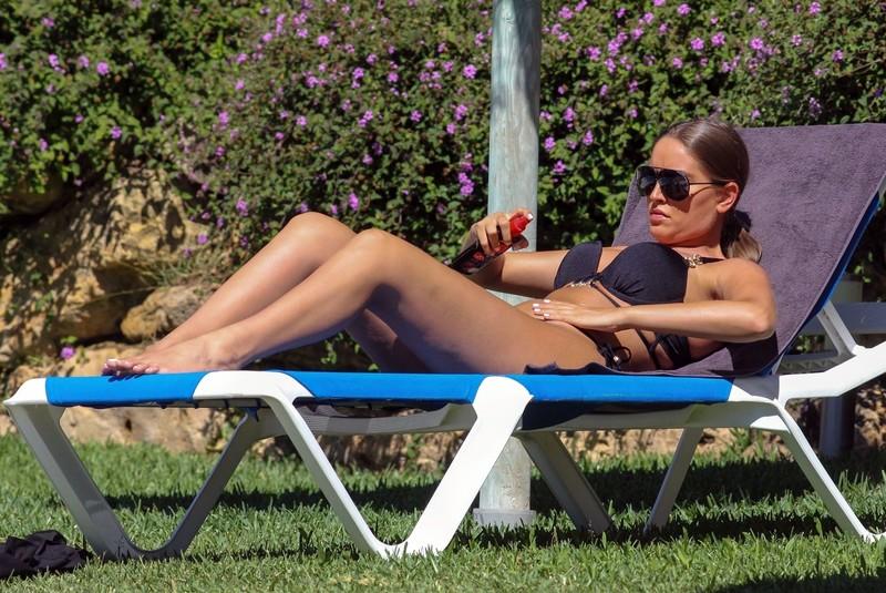 seductive babe Chloe Ross in black bikini