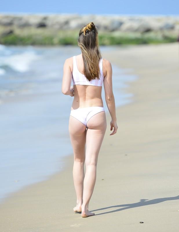 pretty lady Imogen Leaver in amazing white bikini