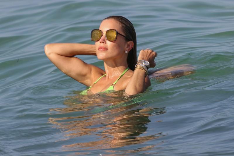 gorgeous milf Sylvie Meis in green bikini