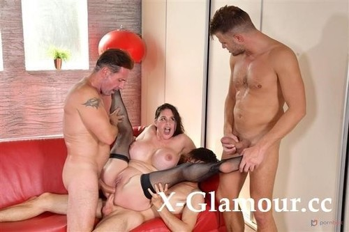 Cathy Heaven - Submissive Busty Brunette Cathy Heaven Stuffed Airtight In Bdsm Gangbang Gp2079 (SD)